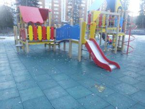 Резиновая плитка и детский городок 41