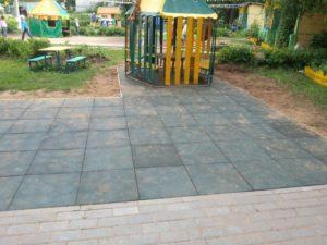 Резиновая плитка в детском саду 4