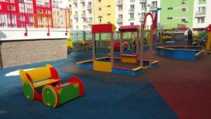 Детская игровая площадка с бесшовным резиновым покрытием 16