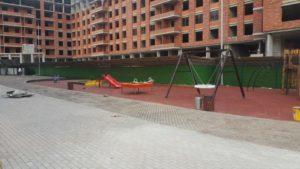 Детская игровая площадка с резиновой плиткой 16