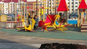 Детская игровая площадка с резиновой плиткой 14