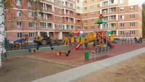 Детская игровая площадка с резиновой плиткой 26