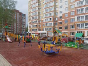 Детская игровая площадка с резиновой плиткой 25